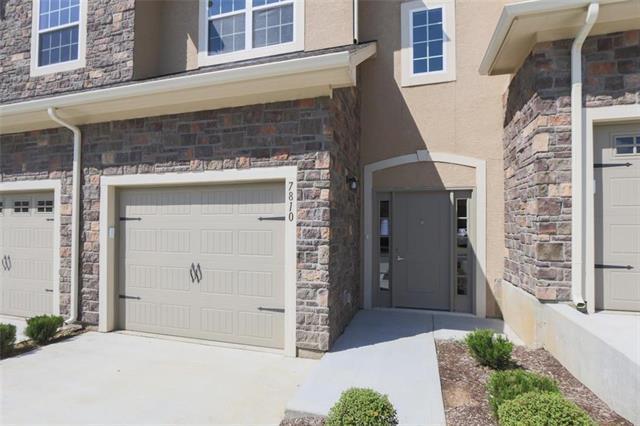 7810 W 158 Court, Overland Park, KS 66223 (#2082176) :: NestWork Homes