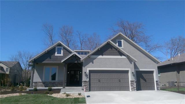 10616 W 132nd Place, Overland Park, KS 66213 (#2084564) :: The Shannon Lyon Group - ReeceNichols