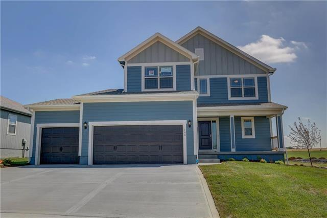 104 SE Briar Valley Lane, Blue Springs, MO 64064 (#2084979) :: House of Couse Group