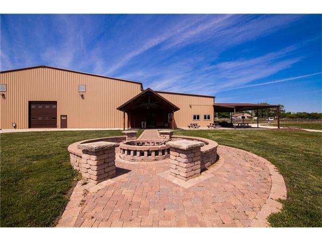 204 E Casey Road, Lone Jack, MO 64070 (#2085241) :: The Shannon Lyon Group - Keller Williams Realty Partners