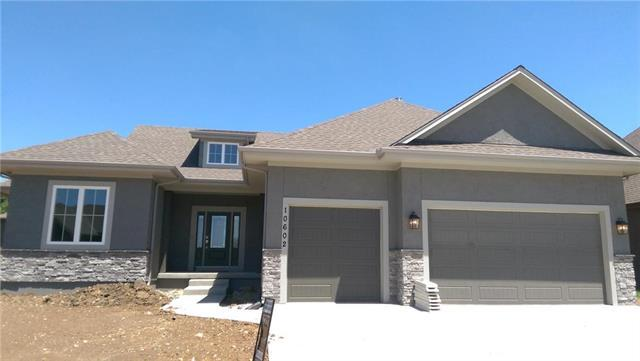 10602 W 132nd Court, Overland Park, KS 66213 (#2088367) :: The Shannon Lyon Group - ReeceNichols
