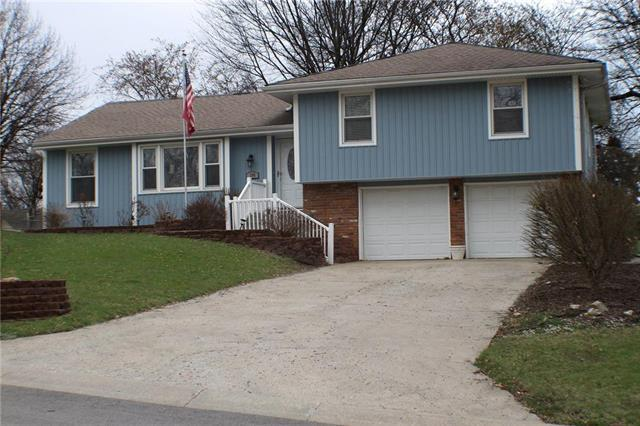 105 Tuscarora Lane, Lake Winnebago, MO 64034 (#2088728) :: NestWork Homes