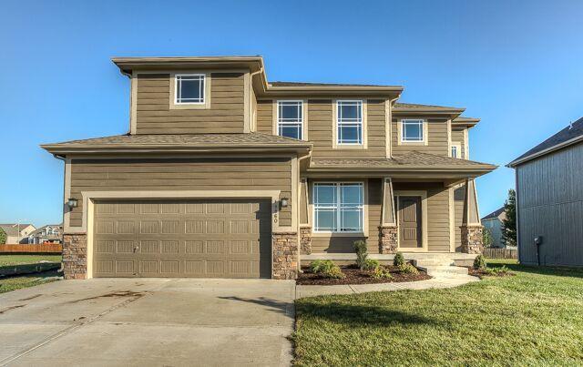 1408 N 133rd Terrace, Kansas City, KS 66109 (#2089778) :: Edie Waters Team