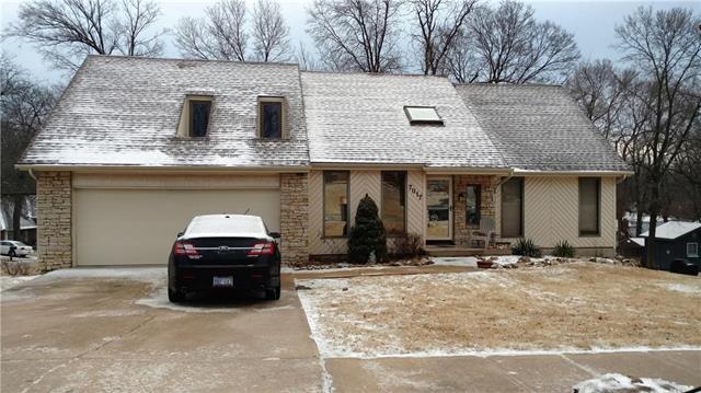 7017 Parkhill Street, Shawnee, KS 66216 (#2090708) :: Kedish Realty Group at Keller Williams Realty