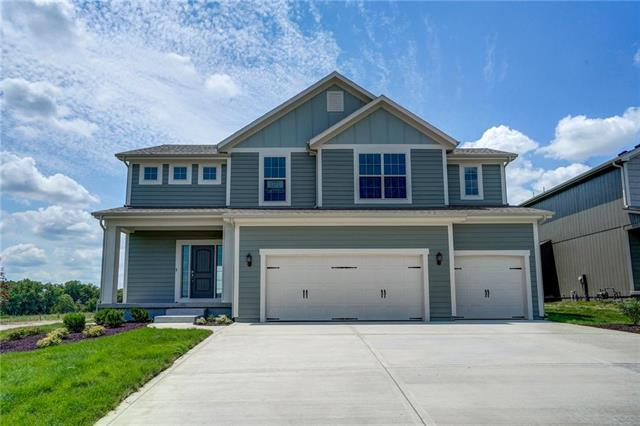 16994 S Laurelwood Street, Olathe, KS 66062 (#2091044) :: Edie Waters Network
