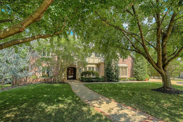 11009 Alhambra Street, Leawood, KS 66211 (#2092323) :: Edie Waters Network
