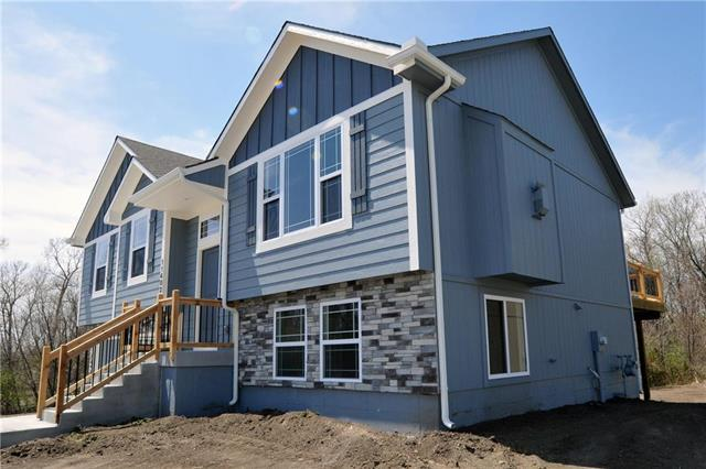 11501 E 207th Street, Peculiar, MO 64078 (#2102716) :: Char MacCallum Real Estate Group