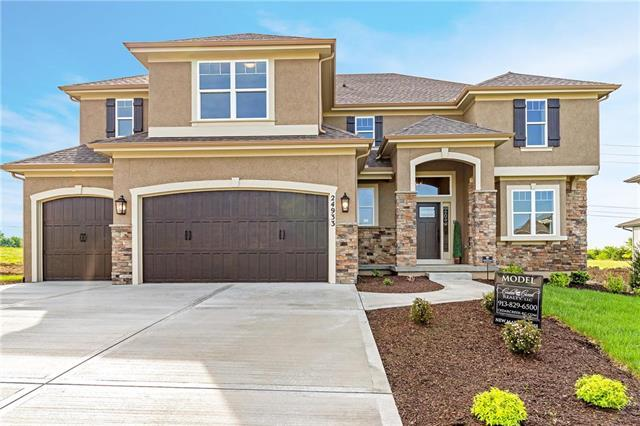 24933 W 114th Street, Olathe, KS 66061 (#2102997) :: The Shannon Lyon Group - ReeceNichols