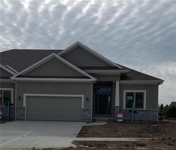11646 S Deer Run Street, Olathe, KS 66061 (#2105159) :: Clemons Home Team/ReMax Innovations