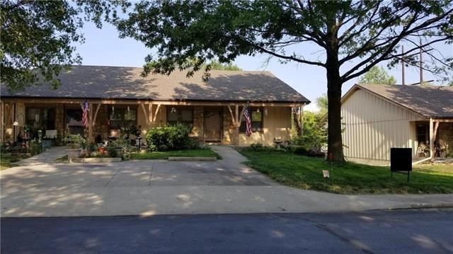 18869 Sunrise Drive, Belton, MO 64012 (#2105403) :: House of Couse Group