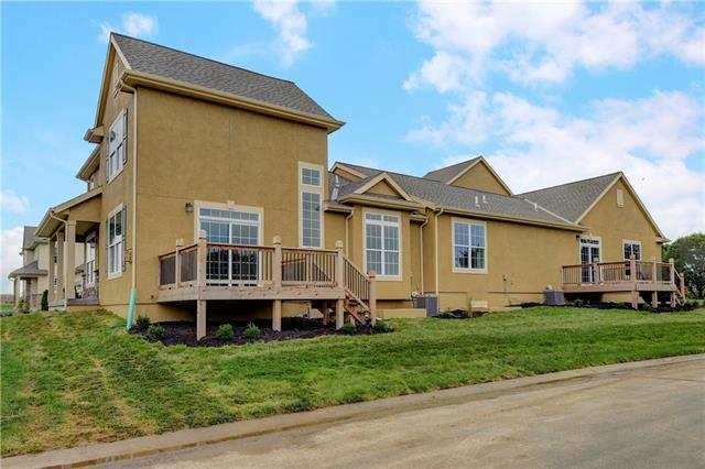 21370 W 117th Terrace 30C, Olathe, KS 66061 (#2106589) :: The Shannon Lyon Group - ReeceNichols