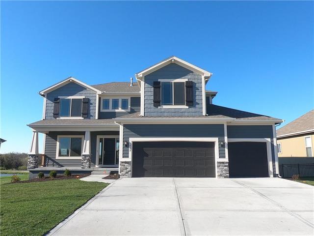 1832 NE Riley Drive, Lee's Summit, MO 64086 (#2122271) :: No Borders Real Estate