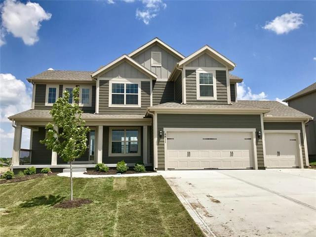 4411 SW Amethyst Drive, Lee's Summit, MO 64082 (#2130010) :: House of Couse Group
