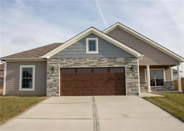 2212 Ashford Street, Excelsior Springs, MO 64024 (#2132524) :: House of Couse Group