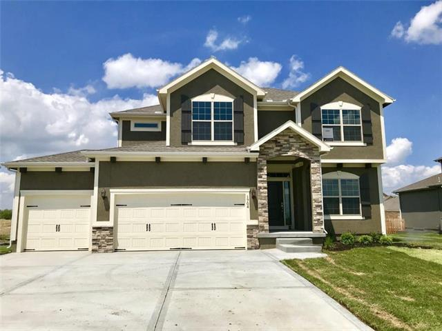 1704 SW Merryman Drive, Lee's Summit, MO 64082 (#2136575) :: House of Couse Group
