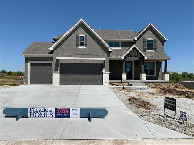 20572 W 110th Place, Olathe, KS 66061 (#2138339) :: The Shannon Lyon Group - ReeceNichols