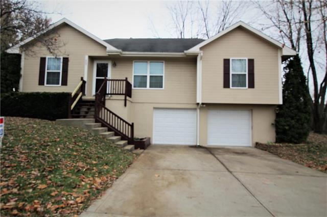 805 E 15th Street, Kearney, MO 64060 (#2138465) :: No Borders Real Estate