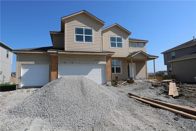 18936 W 167th Terrace, Olathe, KS 66062 (#2143460) :: House of Couse Group