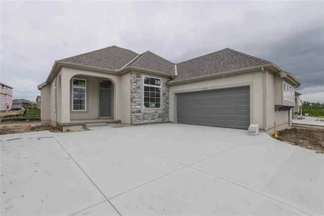 7920 W 166 Place, Overland Park, KS 66085 (#2144222) :: House of Couse Group