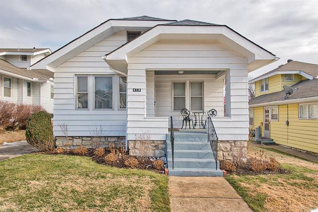 419 Lawn Avenue, Kansas City, MO 64124 (#2144979) :: House of Couse Group
