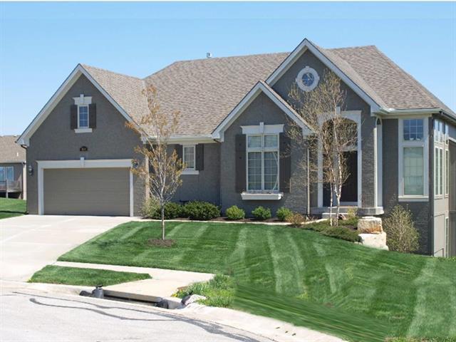 12814 W 49th Terrace, Shawnee, KS 66216 (#2145446) :: No Borders Real Estate