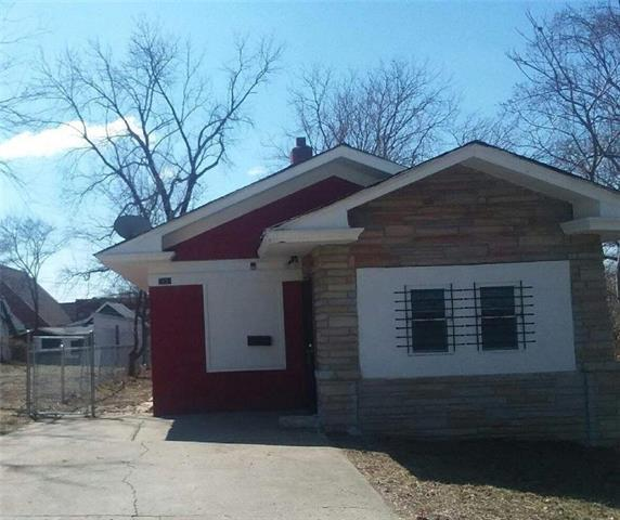 5435 E 28th Terrace, Kansas City, MO 64128 (#2148357) :: Eric Craig Real Estate Team