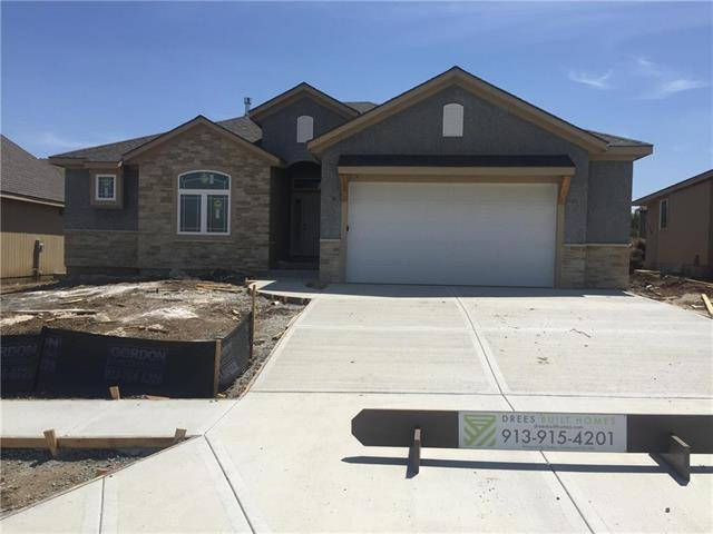 25283 W 83rd Terrace, Lenexa, KS 66227 (#2152079) :: House of Couse Group