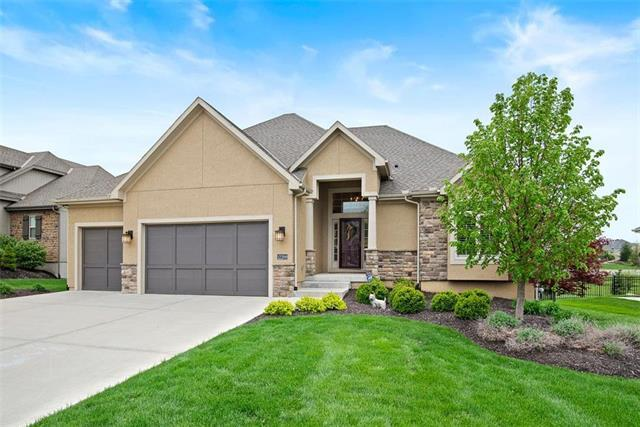12209 W 160th Street, Overland Park, KS 66221 (#2153033) :: House of Couse Group