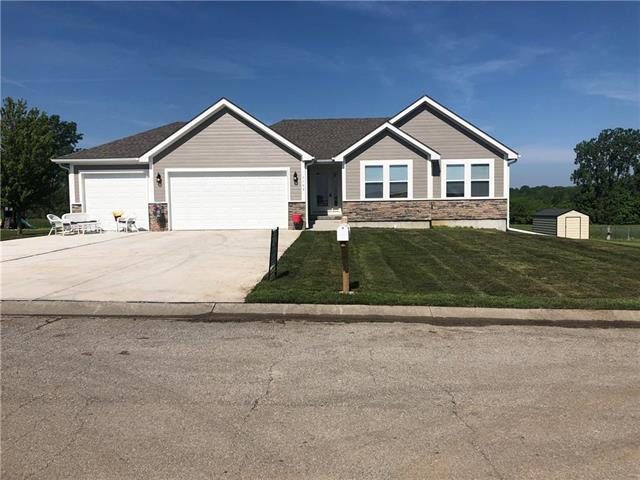 1103 Orchid Street, Garden City, MO 64747 (#2159272) :: House of Couse Group
