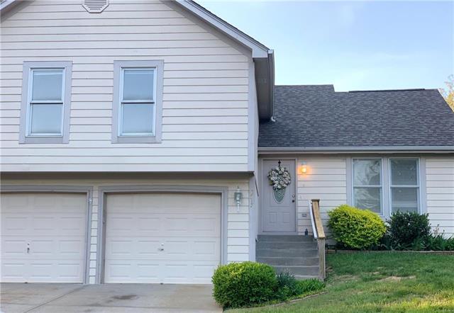 8717 N Carson Avenue, Kansas City, MO 64153 (#2164075) :: Dani Beyer Real Estate