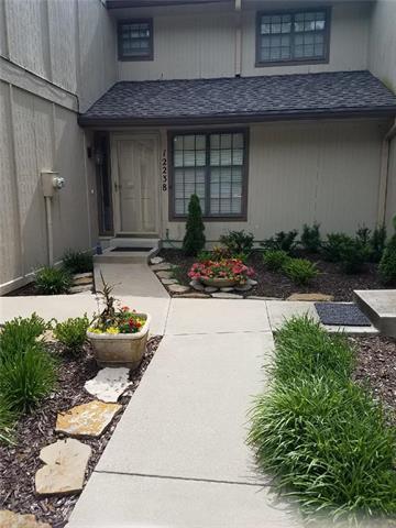 12238 Holmes Lane, Kansas City, MO 64146 (#2170503) :: No Borders Real Estate