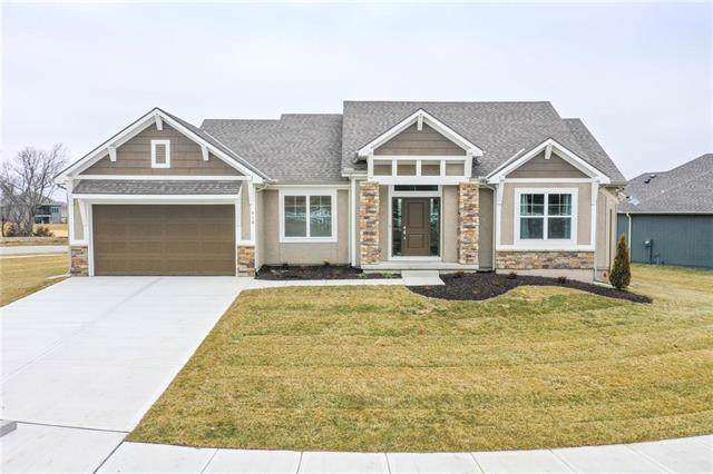 918 Zennor Lane, Raymore, MO 64083 (#2191374) :: Team Real Estate