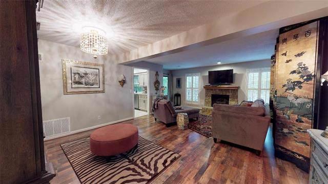 12757 W 110th Terrace, Overland Park, KS 66210 (#2193086) :: Edie Waters Network
