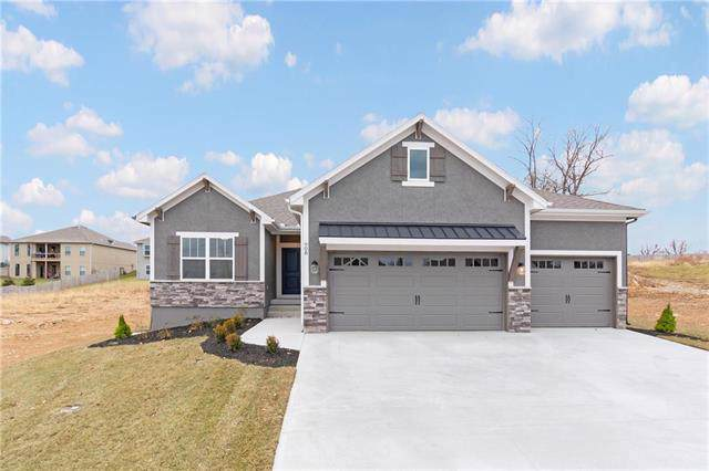 908 SE Wood Ridge Court, Blue Springs, MO 64014 (#2193658) :: Eric Craig Real Estate Team
