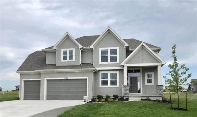 24905 W 75th Place, Shawnee, KS 66227 (#2201637) :: Ron Henderson & Associates