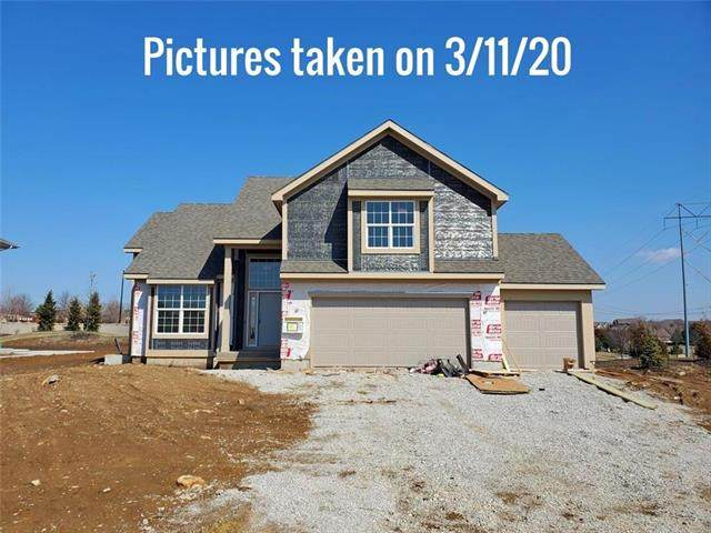 11415 S Houston Street, Olathe, KS 66061 (#2206324) :: The Shannon Lyon Group - ReeceNichols