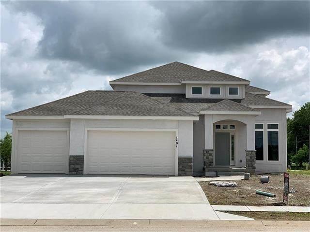 1401 NE 183rd Street, Smithville, MO 64089 (#2207472) :: Eric Craig Real Estate Team