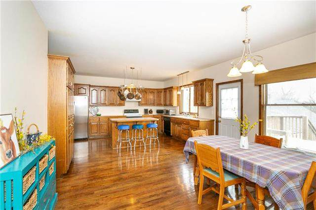 300 Bonnie Lane, Liberty, MO 64068 (#2213665) :: Team Real Estate