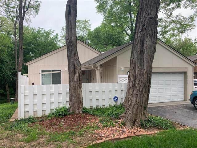 5104 NW 81 Terrace, Kansas City, MO 64151 (#2218111) :: Audra Heller and Associates
