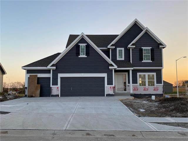 6003 NE 119th Terrace, Kansas City, MO 64156 (#2230621) :: House of Couse Group