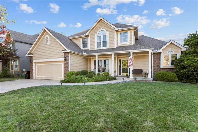 6310 N Nevada Avenue, Parkville, MO 64152 (#2240541) :: Jessup Homes Real Estate | RE/MAX Infinity