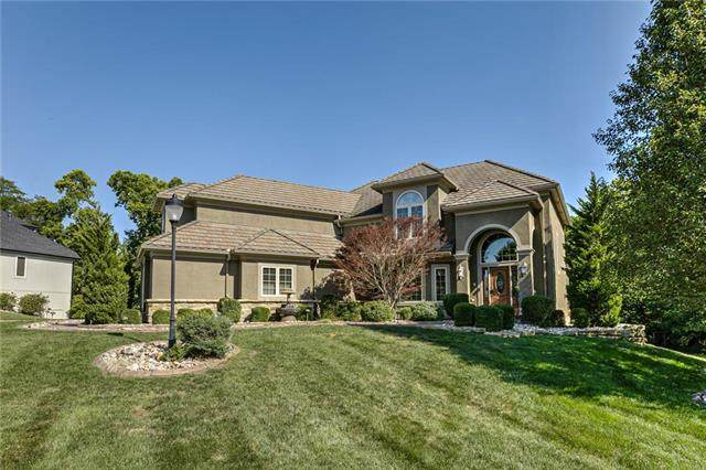 8035 NW Mastern Avenue, Parkville, MO 64152 (#2241557) :: Five-Star Homes