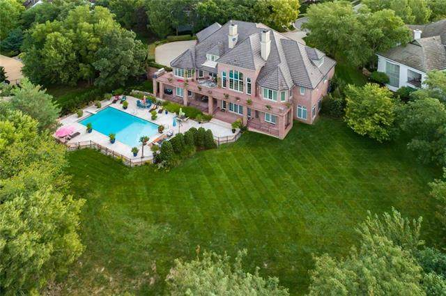 2716 W 116th Street, Leawood, KS 66211 (#2242629) :: Five-Star Homes
