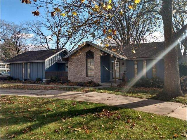 131 Seneca Lane, Lake Winnebago, MO 64034 (#2303984) :: Eric Craig Real Estate Team