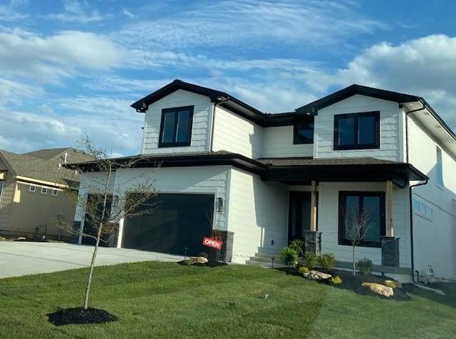 15297 W 172nd Place, Olathe, KS 66062 (#2317516) :: Five-Star Homes