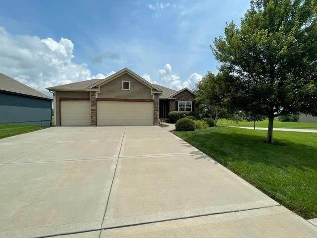 17801 Grey Hawke Ridge, Smithville, MO 64089 (#2333561) :: Eric Craig Real Estate Team