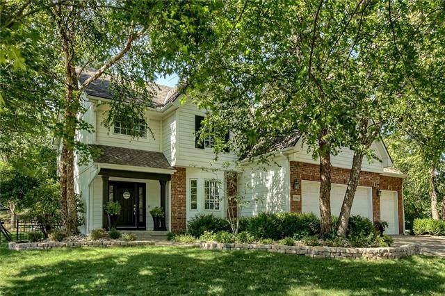15700 Howe Street, Overland Park, KS 66224 (#2340630) :: Austin Home Team