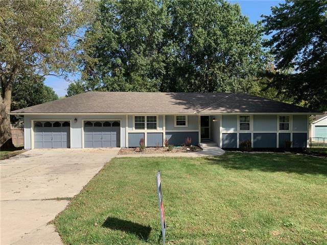 11507 N Wayne Avenue, Kansas City, MO 64155 (#2346751) :: The Shannon Lyon Group - ReeceNichols