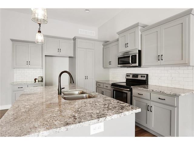6644 Wedd Street, Merriam, KS 66203 (#2038509) :: Select Homes - Team Real Estate