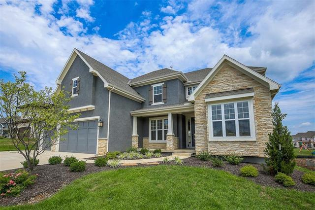 16317 Perry Street, Overland Park, KS 66085 (#2046233) :: Edie Waters Network